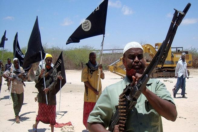 فراغات أمنية: توسع القاعدة وداعش في أفريقيا